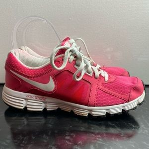 Nike Dual Fusion ST 2 Youth Size 4